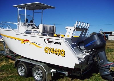 5.50m Centre Console -Short Canopy, Deluxe Seat & Bait Board
